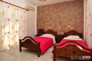 accommodation anna pension twin beds